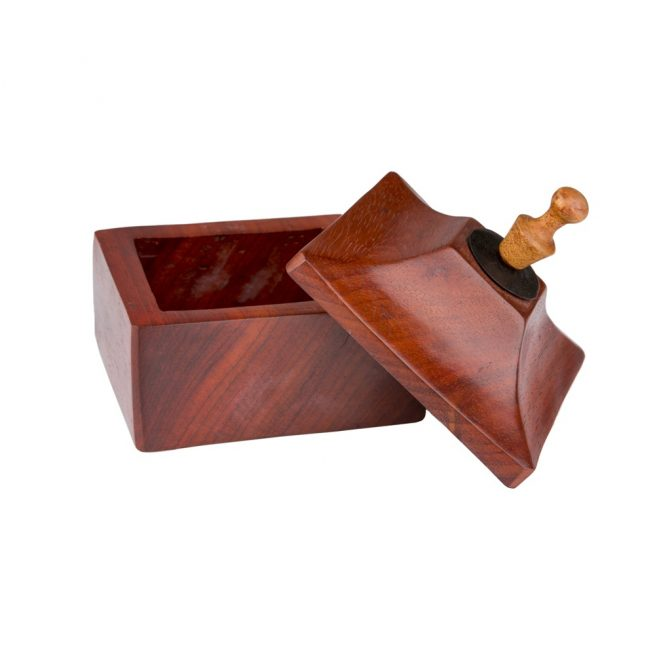 Caja de madera de mango