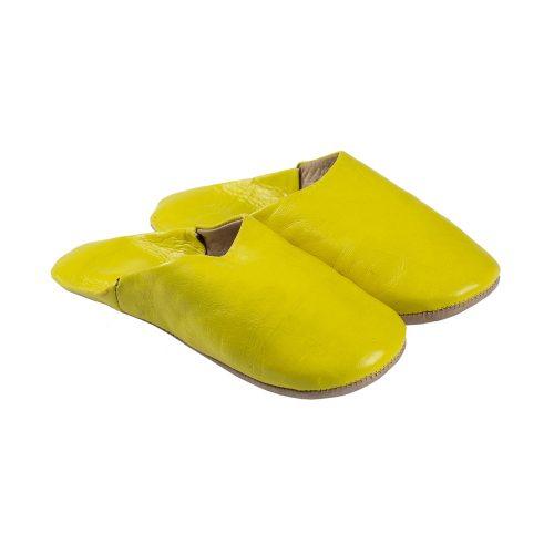 Babuchas de mujer amarilla