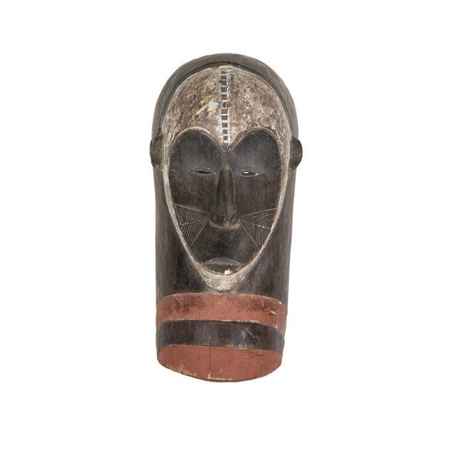 Máscara tradicional de arte primitivo africano
